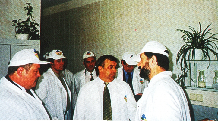 Przedstawiciele Zambrowa i Visaginas zwiedzają Okręgową Spółdzielnie Mleczarską